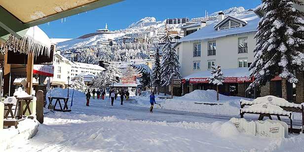 Venha esquiar na Serra Nevada